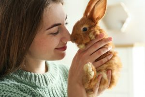 Bunny close to face that symbolize cruelty free