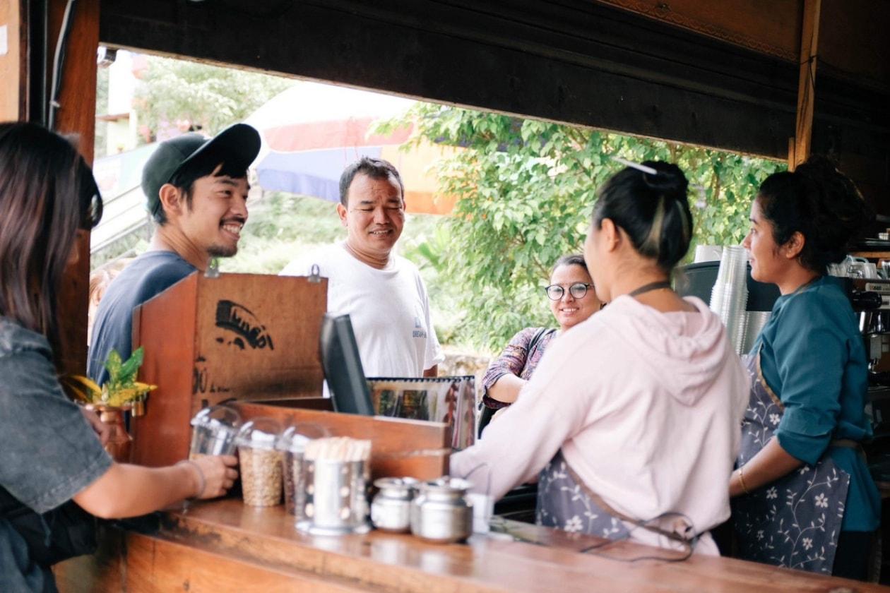 ビカスコーヒーとネパールの人々