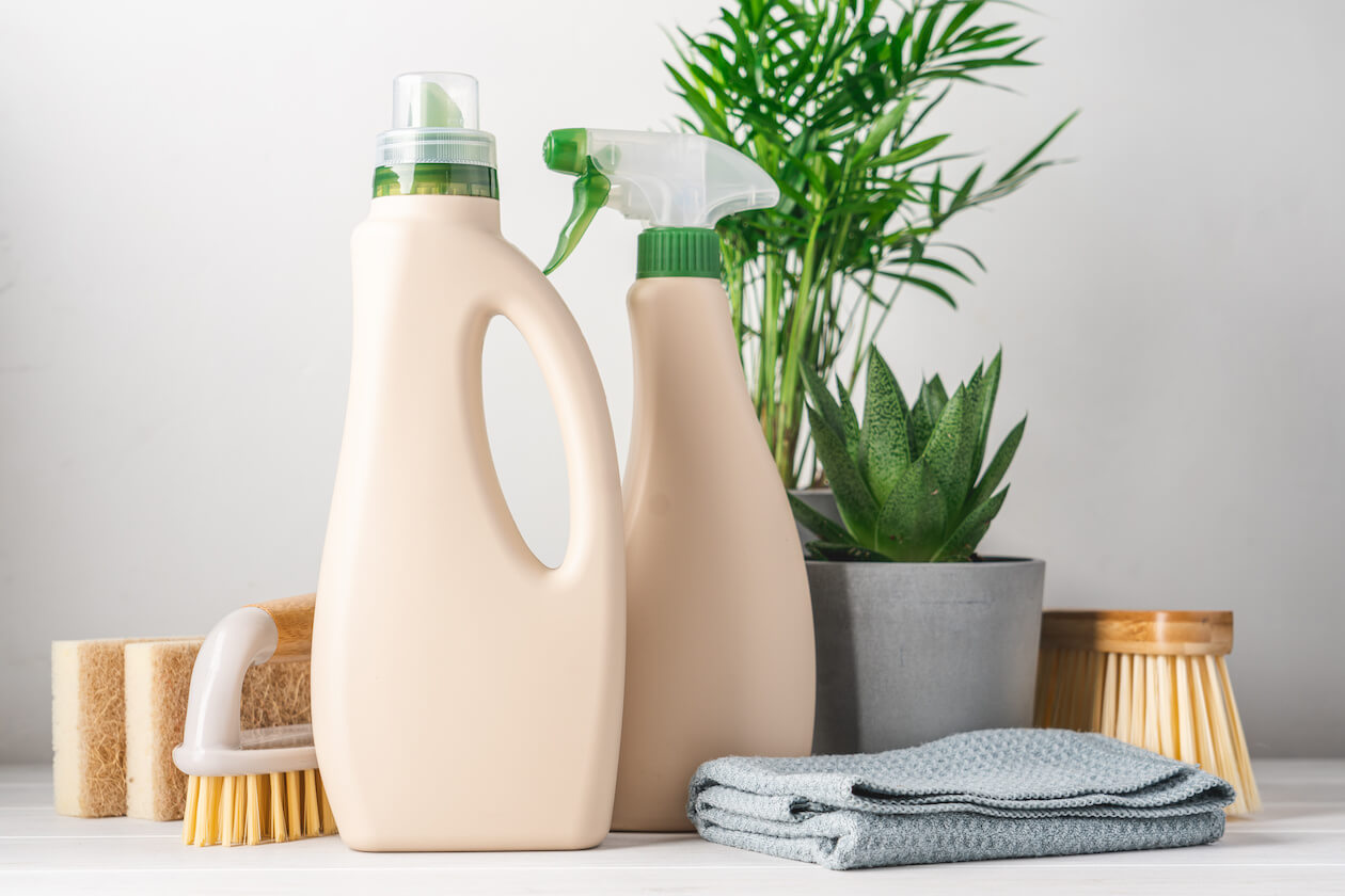 There are plenty of Plastic-free cleaning products available nowadays