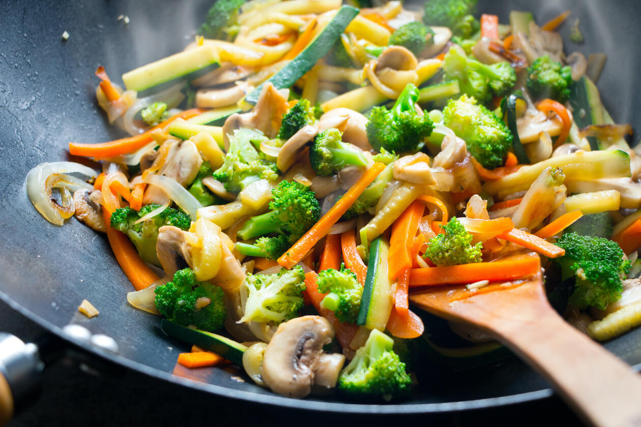 Yummy vegan food: easy recipe stir fry