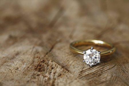 今話題のエシカルダイヤモンドとは?輝きも愛おしいダイヤモンドジュエリー