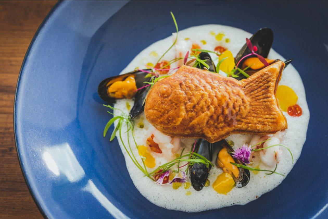 サステナブルな魚介類を使用したレストラン