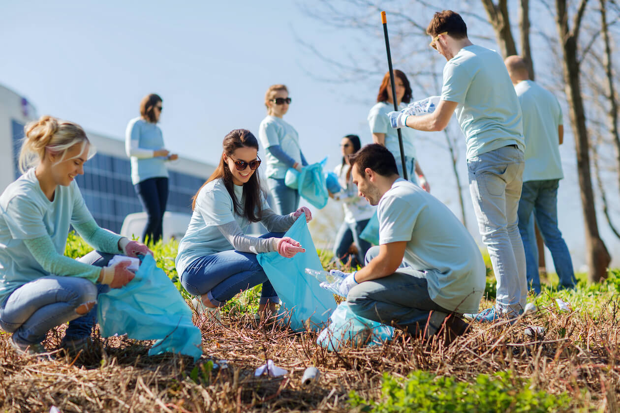 Volunteer in cleaning up and planting trees